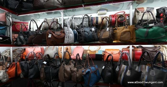 bags-purses-luggage-wholesale-china-yiwu-015