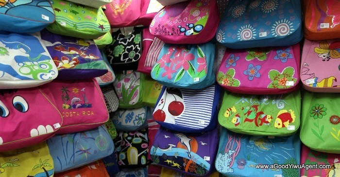 bags-purses-luggage-wholesale-china-yiwu-019