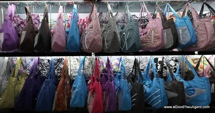 bags-purses-luggage-wholesale-china-yiwu-023