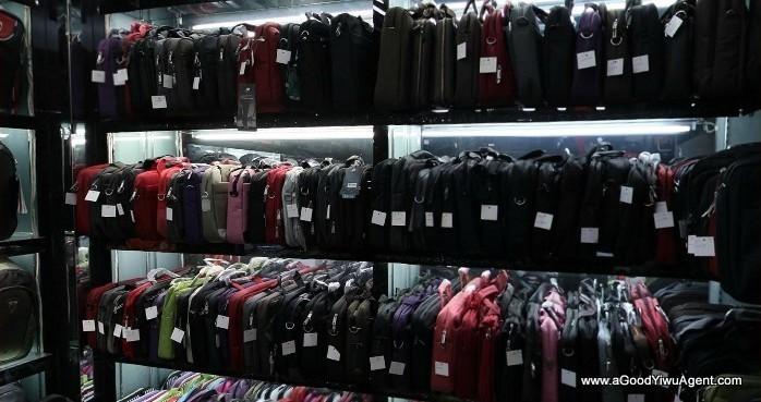 bags-purses-luggage-wholesale-china-yiwu-025