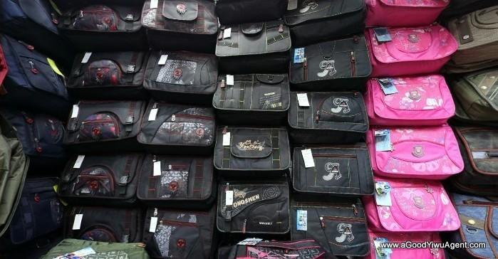bags-purses-luggage-wholesale-china-yiwu-028