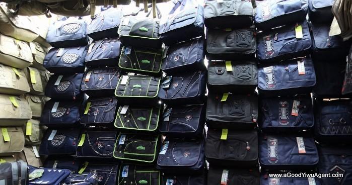 bags-purses-luggage-wholesale-china-yiwu-029