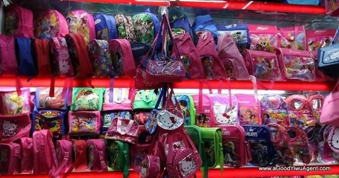 bags-purses-luggage-wholesale-china-yiwu-038