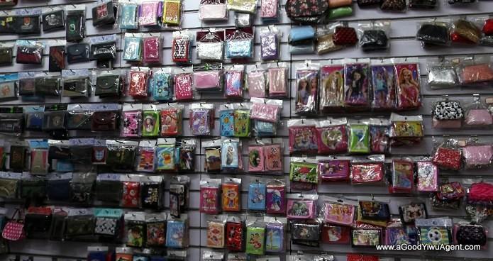 bags-purses-luggage-wholesale-china-yiwu-043