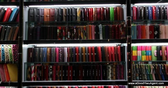 bags-purses-luggage-wholesale-china-yiwu-064