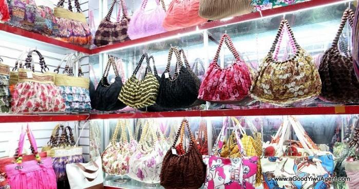 bags-purses-luggage-wholesale-china-yiwu-084