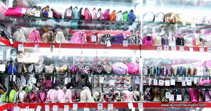 bags-purses-luggage-wholesale-china-yiwu-112