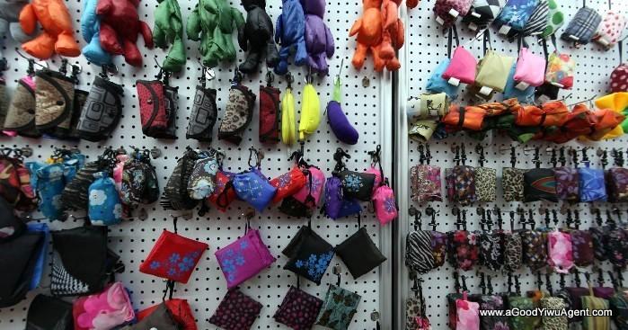 bags-purses-luggage-wholesale-china-yiwu-123