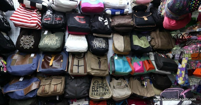 bags-purses-luggage-wholesale-china-yiwu-156