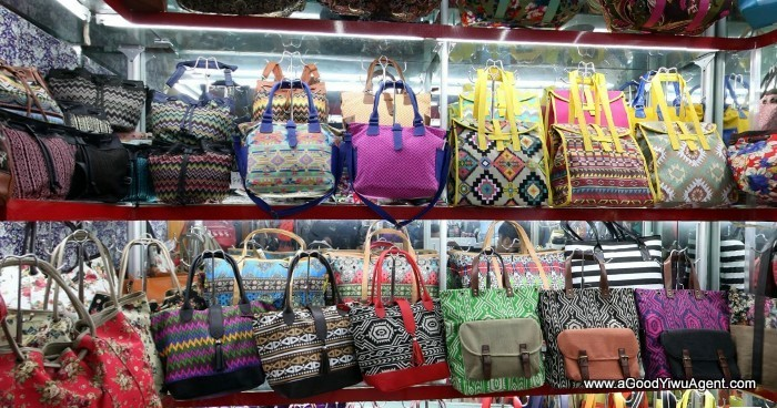 bags-purses-luggage-wholesale-china-yiwu-162