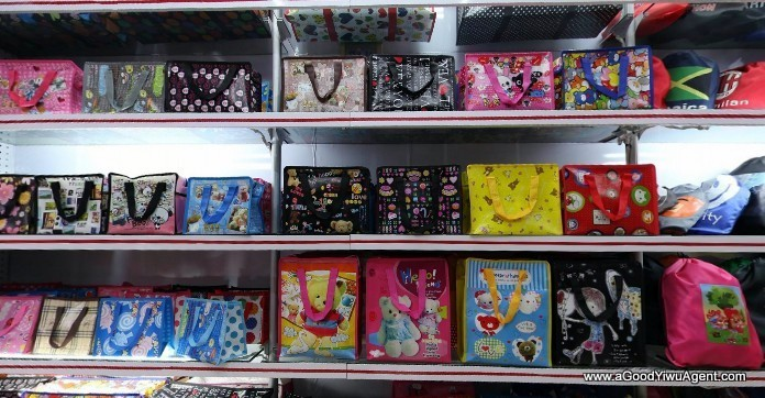 bags-purses-luggage-wholesale-china-yiwu-209