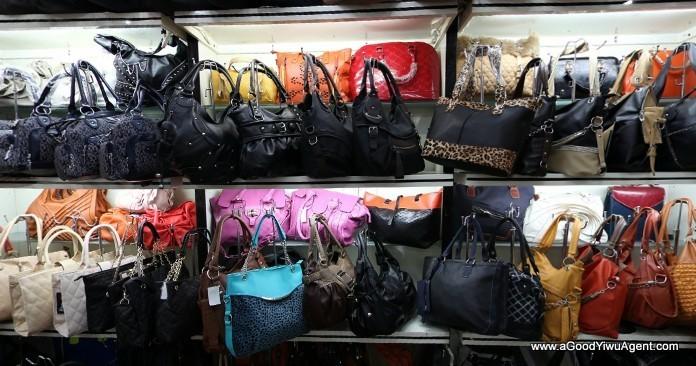 bags-purses-luggage-wholesale-china-yiwu-240