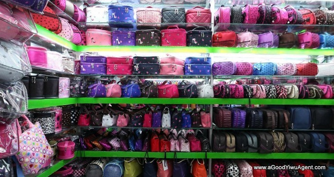 bags-purses-luggage-wholesale-china-yiwu-302