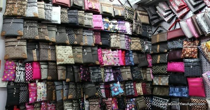 bags-purses-luggage-wholesale-china-yiwu-351