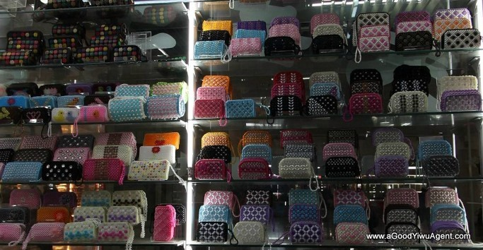 bags-purses-luggage-wholesale-china-yiwu-358