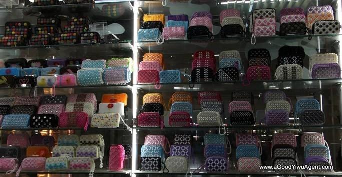 bags-purses-luggage-wholesale-china-yiwu-358