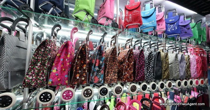 bags-purses-luggage-wholesale-china-yiwu-385