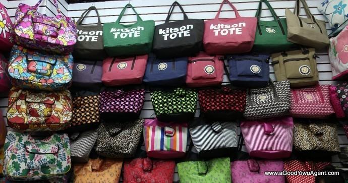bags-purses-luggage-wholesale-china-yiwu-390