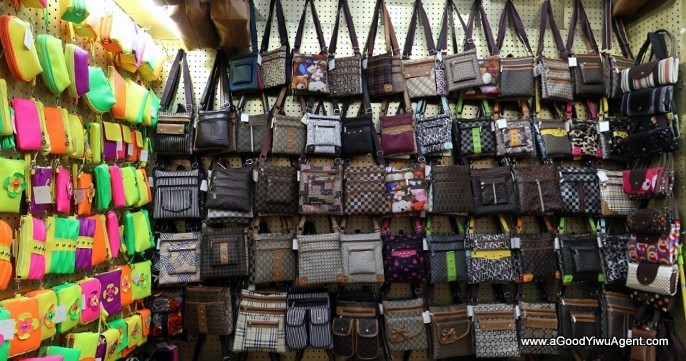 bags-purses-luggage-wholesale-china-yiwu-392