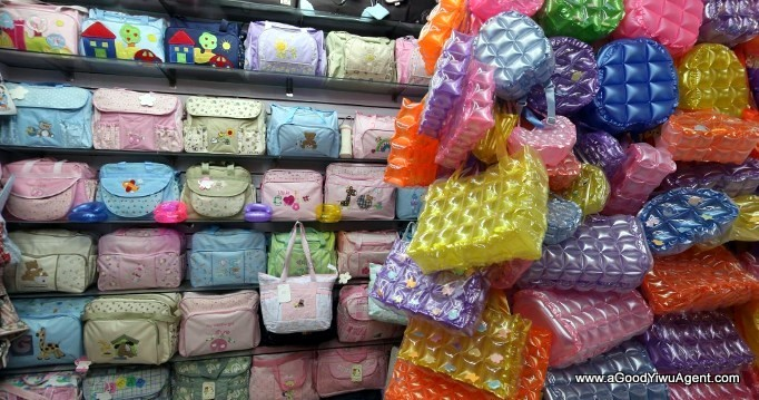 bags-purses-luggage-wholesale-china-yiwu-394