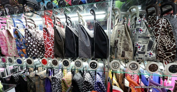 bags-purses-luggage-wholesale-china-yiwu-397