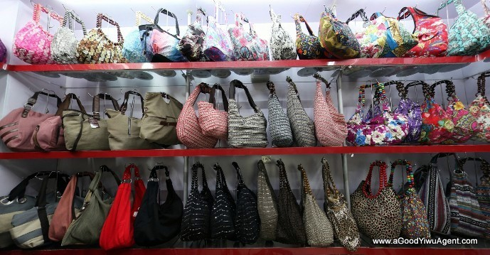 bags-purses-luggage-wholesale-china-yiwu-411