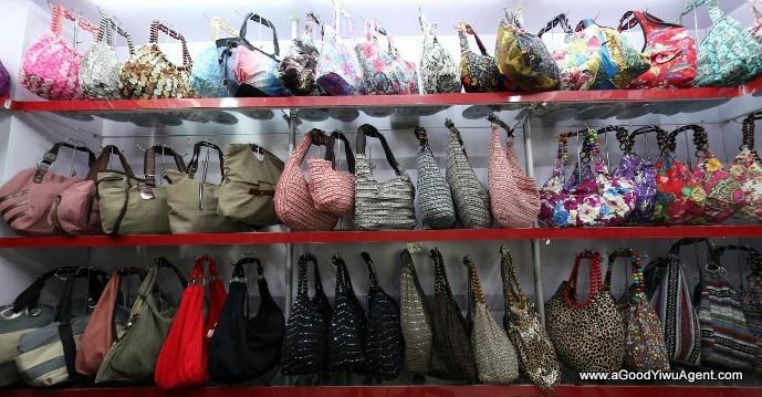 bags-purses-luggage-wholesale-china-yiwu-411