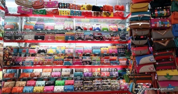 bags-purses-luggage-wholesale-china-yiwu-420