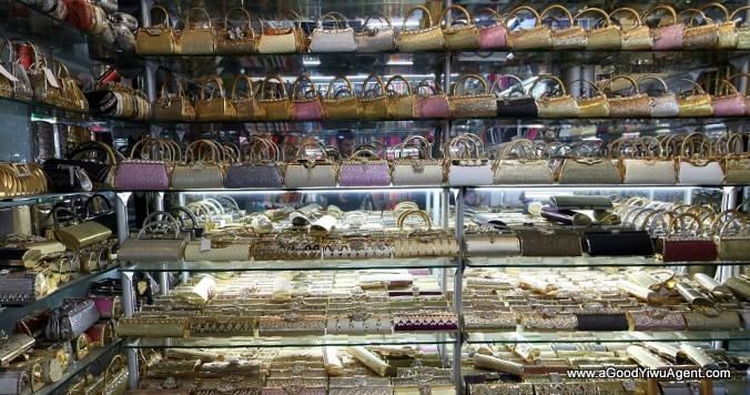 bags-purses-luggage-wholesale-china-yiwu-425
