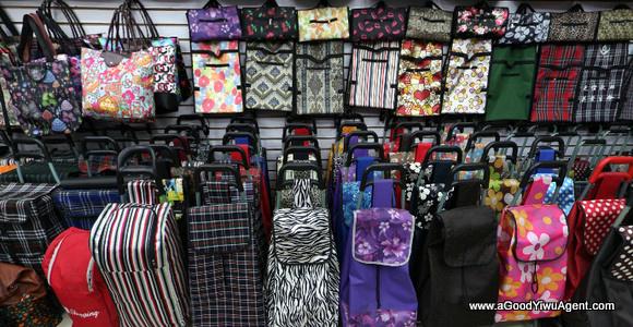 bags-purses-luggage-wholesale-china-yiwu-445