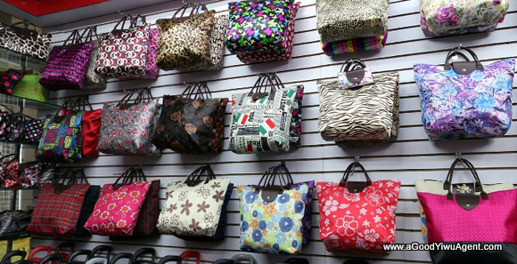 bags-purses-luggage-wholesale-china-yiwu-446
