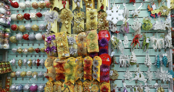 Christmas decorations wholesale china yiwu for Cheap chinese decorations home