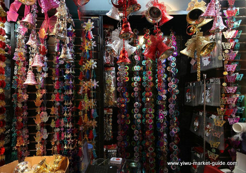christmas-decorations-wholesale-china-yiwu-066