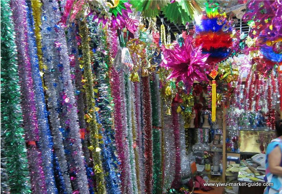 christmas-decorations-wholesale-china-yiwu-089