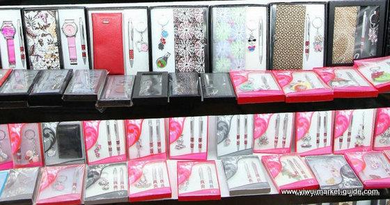 crafts-wholesale-china-yiwu-395
