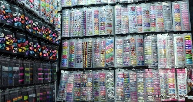 hair-accessories-wholesale-china-yiwu-125