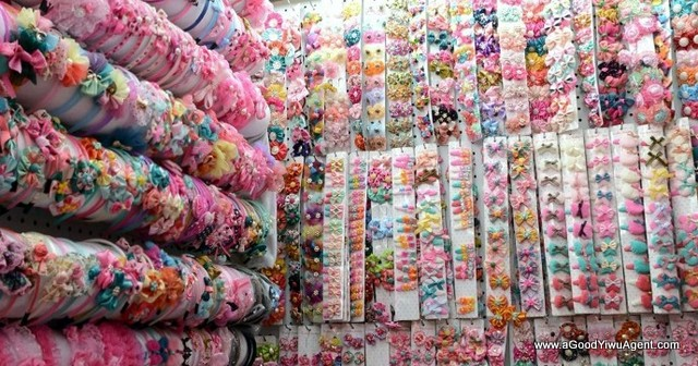 hair-accessories-wholesale-china-yiwu-136