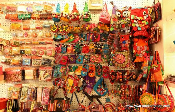 holiday-decorations-wholesale-china-yiwu-100