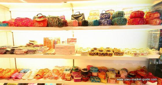holiday-decorations-wholesale-china-yiwu-111