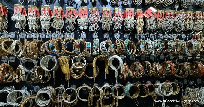 jewelry-wholesale-yiwu-china-017