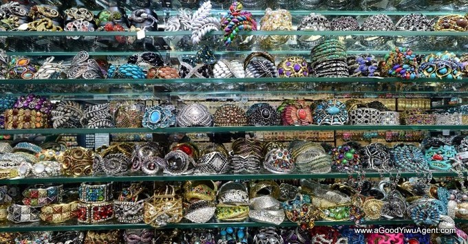 jewelry-wholesale-yiwu-china-031