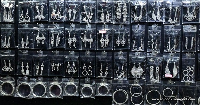 jewelry-wholesale-yiwu-china-036