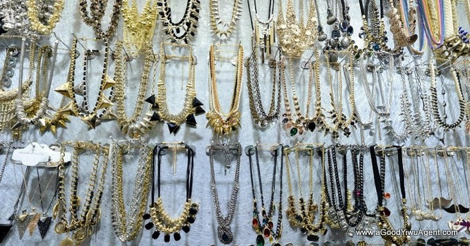 jewelry-wholesale-yiwu-china-064
