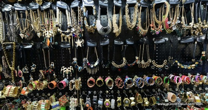 jewelry-wholesale-yiwu-china-076
