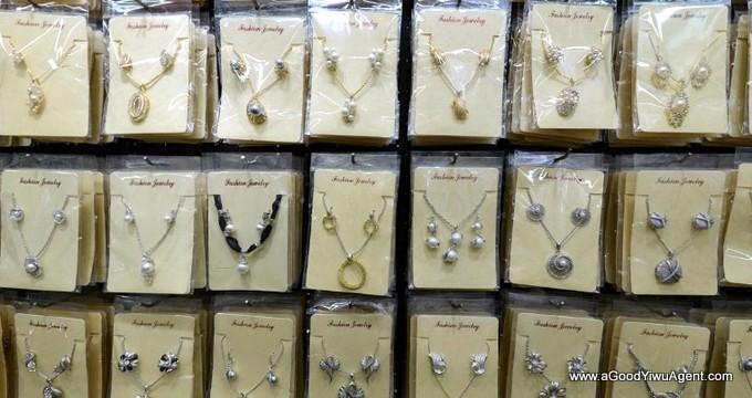 jewelry-wholesale-yiwu-china-095