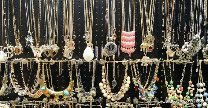 jewelry-wholesale-yiwu-china-243