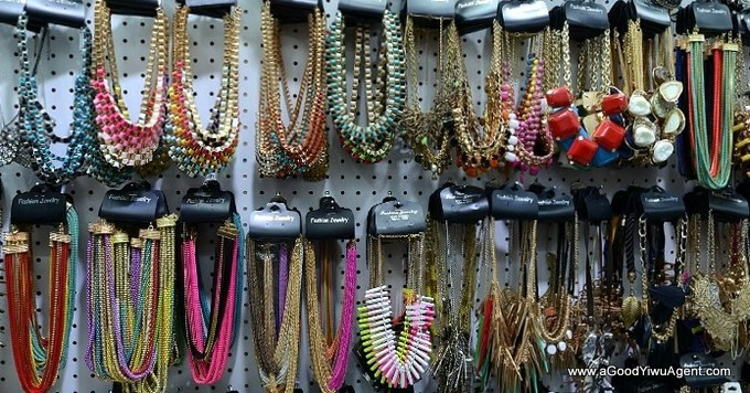 jewelry-wholesale-yiwu-china-301