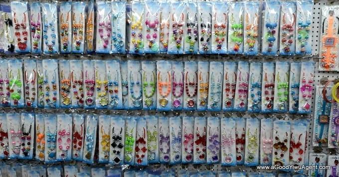 jewelry-wholesale-yiwu-china-379