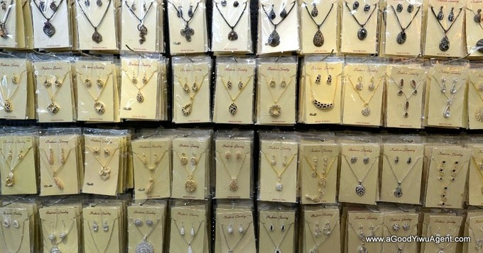jewelry-wholesale-yiwu-china-411