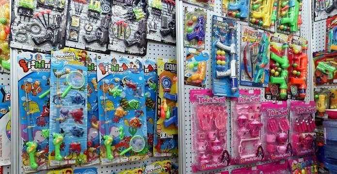 toys-wholesale-china-yiwu-220